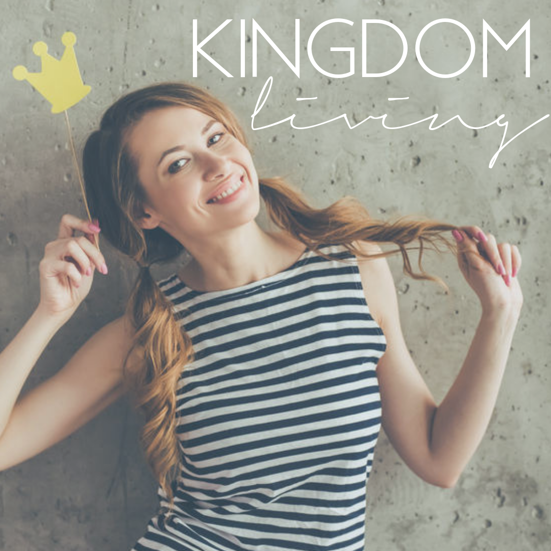 kingdom living blog, young woman holding a paper crown